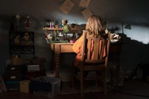 Hereditary-Galllery-00015